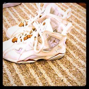 Jordan cream colored sneakers good condition